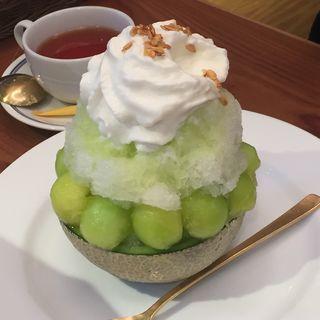 まるごとメロンのかき氷(ブラザーズカフェ なんば店 (BROTHERS Cafe))