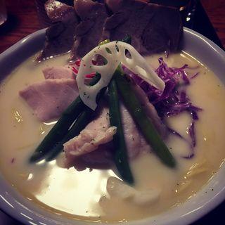 鶏白湯soba チャーシュー(鶏白湯Soba 星麺 )
