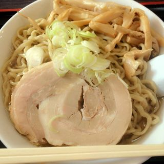(自家製太麺 渡辺 (ジカセイフトメン ワタナベ))