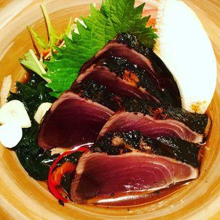 炭火焼き鰹たたき(土佐料理 祢保希 丸の内店 (ねぼけ))