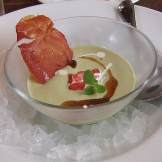 アボガドのさっぱり冷製スープ (MOKICHI TRATTORIA)