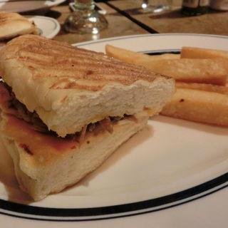 グバーノ ハーフ(カフェ ハバナ トウキョウ (Caf Habana TOKYO))