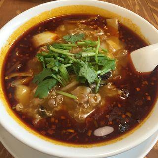 麻拉牛肉(マーラーニューロン)麺(青山麺飯坊 )