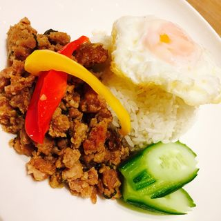 豚挽肉のガパオライス(Rice people,Nice people!)