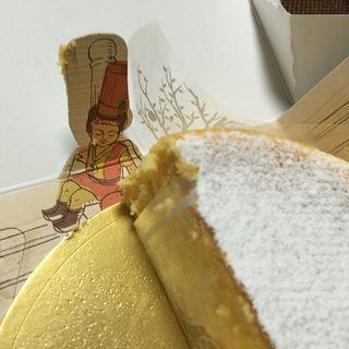 カマンベールチーズケーキ(デリチュースイセタンフードホール ルクアイーレ店 )
