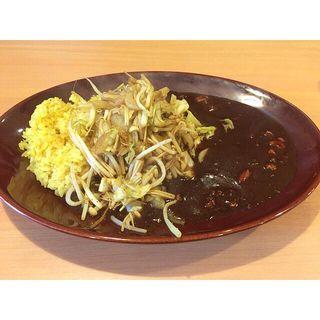 チキン野菜炒めカレー(ルー&野菜大盛)(みぼうじんカレー )