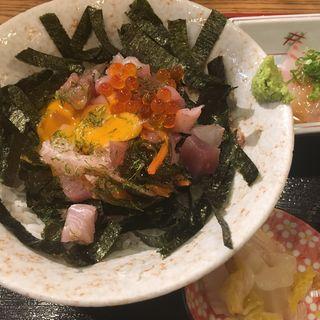 魚屋の海鮮丼(海鮮や 十兵衛 )