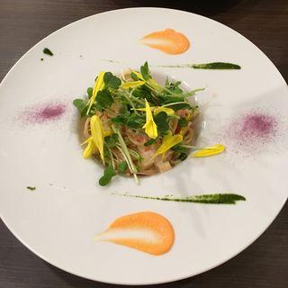 たっぷりの野菜を使った『プチ贅沢コース』(土の中のSalad (サラダ))