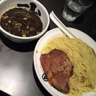 黒 つけ麺(麺屋武蔵 武骨相傳)