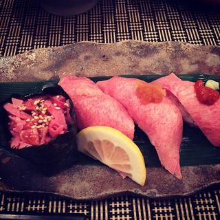 牛たん握り寿司(牛たん炭焼 利久 名掛丁店 )