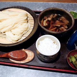 牛すじとゴボウのつけ麺(手打ちうどん 讃岐つけ麺 )