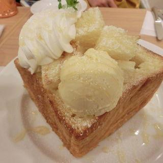 MIYABIハニートースト(CAFE&BAKERY MIYABI 神保町店 (カフェ アンド ベーカリー ミヤビ))