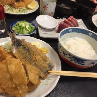 ミックスフライ定食(和楽)