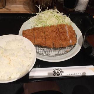 ロースかつ定食(立呑み とんかつ まるや 汐留店 )