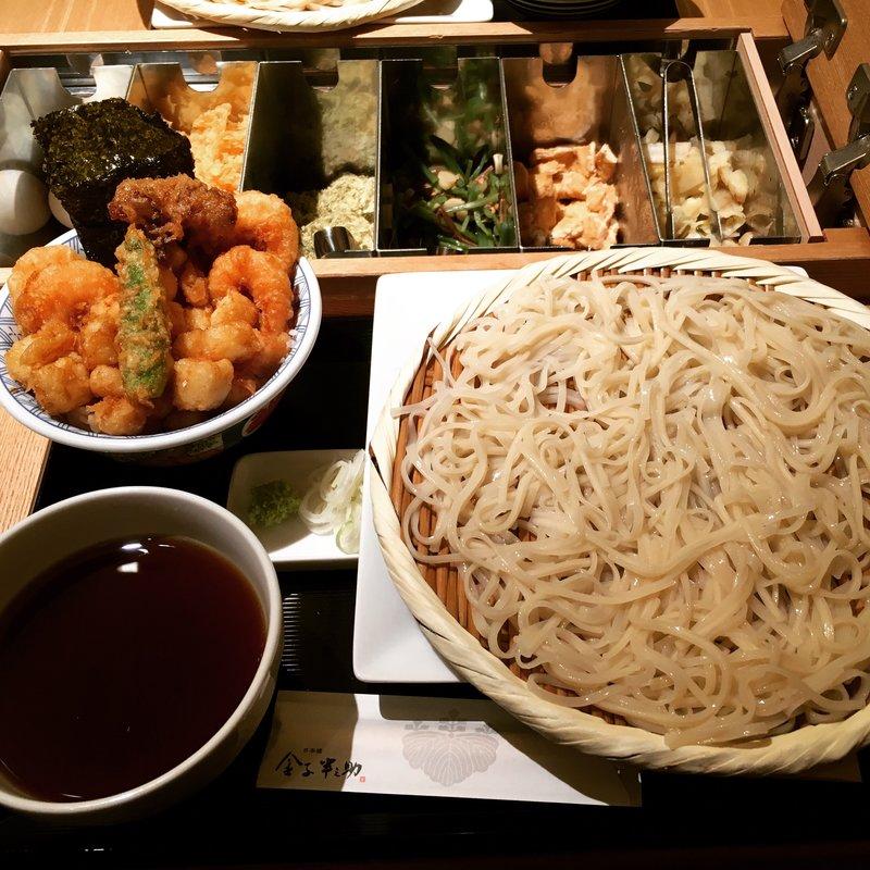 モチモチでツルッと食べられる!日本橋周辺の絶品うどんをご紹介