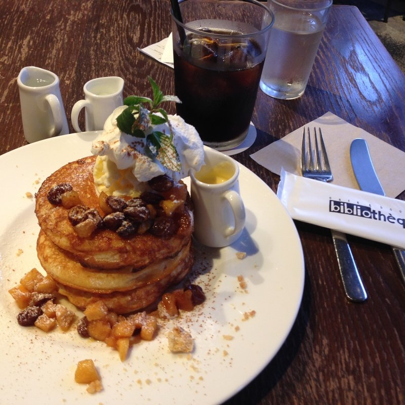 キャラメルリンゴのパンケーキ