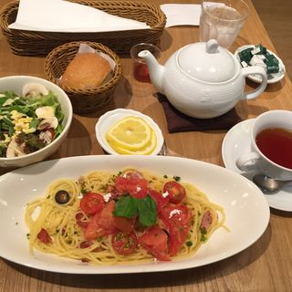 季節のパスタ フレッシュトマトパスタ(アフタヌーンティー・ティールーム 京橋京阪モール店 )