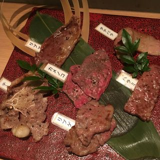 おまかせサーロイン+希少部位3種(炭焼酒菜 HANABI )