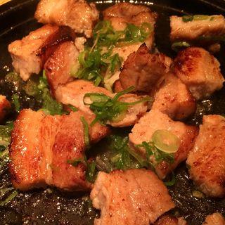 豚カルビの塩ダレ焼き(KICHIRI 新宿 WEST  (キチリ 新宿 ウエスト))