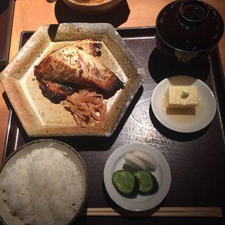 銀だら西京焼き定食(まめとら (【旧店名】汁る椀 豆寅 銀座店))