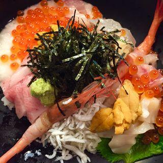 極上海鮮丼(そう馬久留米店)
