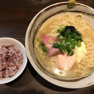 冷やし沖縄そば(麺屋玉ぐすく )