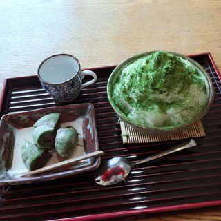 抹茶カキ氷とよもぎ餅(辻重庵 (ツジジュウアン))