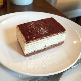 ティラミスクレープケーキ(ウチズ カフェ (UCHI's Cafe))