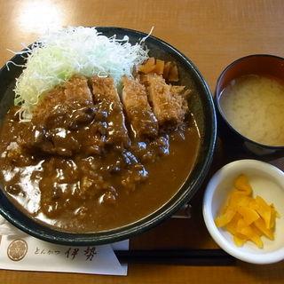 特製カツカレー定食(とんかつ伊勢 甘酒横丁店 )