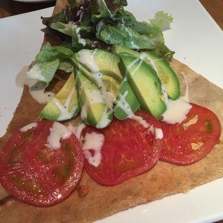 セットガレット - アボカド・トマト・クリームチーズのサラダガレット(オレンジカウンティ 本店 (ORANGE COUNTY))