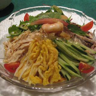 五目冷麺(慶家菜 (ケイカサイ))