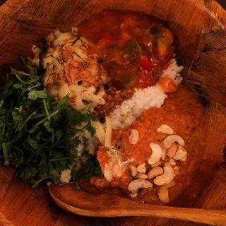 ケニック&バターチキン(ケニック カレー (Kenick curry))