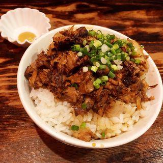自家製チャーシュー丼(ラーメンしんちゃん)