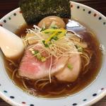 あじ玉香味醤油ら〜麺