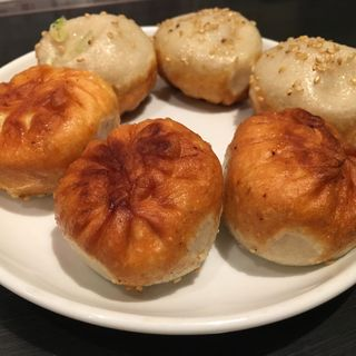 焼き小籠包(弄堂 生煎饅頭 南森町店 (ロンタン センチェンマントウ))
