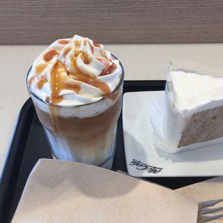 紅茶シフォンケーキセット(マクドナルド 1号線戸塚平戸店 )