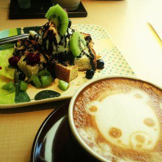 ラテアート(St.Berry Coffee 富山中田店 (セントベリー コーヒー))