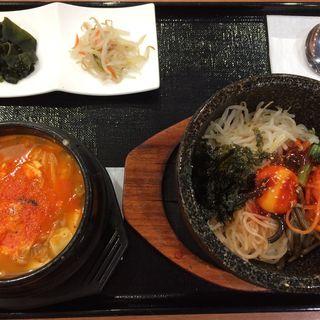 石焼ビビンパ+純豆腐チゲ(ソウルカクテキ )