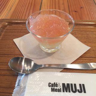 土佐文旦とグアバのゼリー(カフェ&ミール ムジ あべのand店 (Cafe&Meal MUJI))
