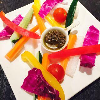 彩り野菜のバーニャカウダ(サツマヤ ダイニングバー (SATSUMAYA dining BAR))