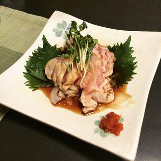 赤鶏のたたき(酒・肴 おまた (さけさかなおまた))