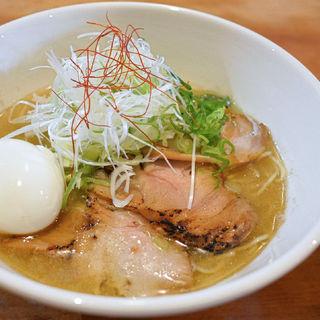 いりこらーめん塩味+特製(ダルマ (Daruma))