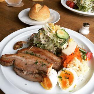 豚モモ肉の燻製(メルシーキッチン (merci kitchen))