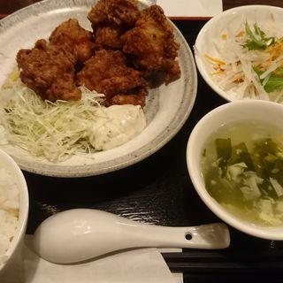 鶏の唐揚げ キンカンタルタルソース定食(健康中華庵 青蓮 新宿オークタワー店 )