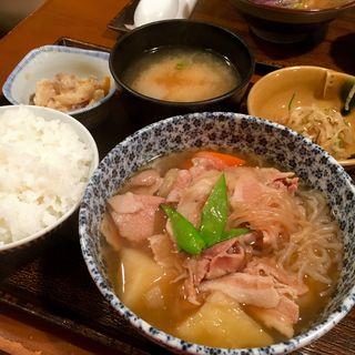 肉じゃが定食(なかよし )