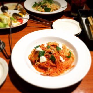 茄子とモッツァレラチーズのトマトソースパスタ(一瑳 アクアシティお台場店 (フーディアンバー・イッサ))