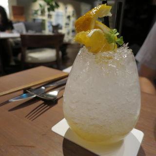 夏みかん山椒soda(インターセクトバイレクサス (INTERSECT BY LEXUS))