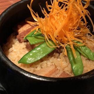 ・黒豚角煮の土鍋めし~和風出汁でお茶漬け風に~(裏NO庭 銀座店 )