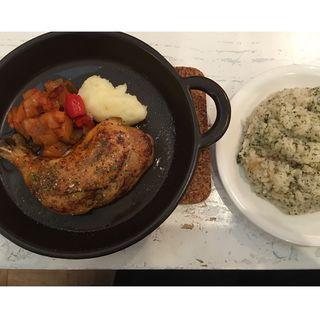 鶏モモ肉のコンフィ(hojo grill works (ホジョグリルワークス))