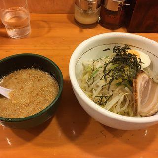 塩豚骨つけ麺(一伝家 (いちでんや))